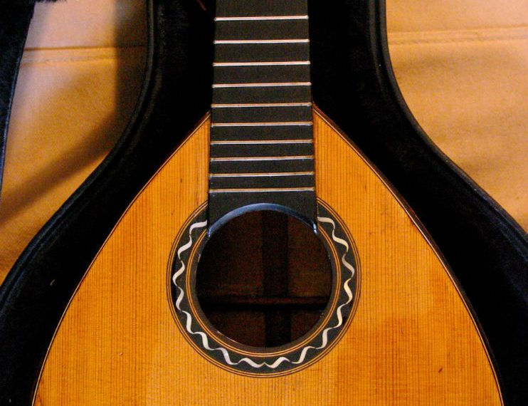 guitarron